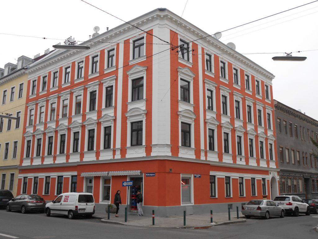 Hausfront 10, Senefeldergasse 40