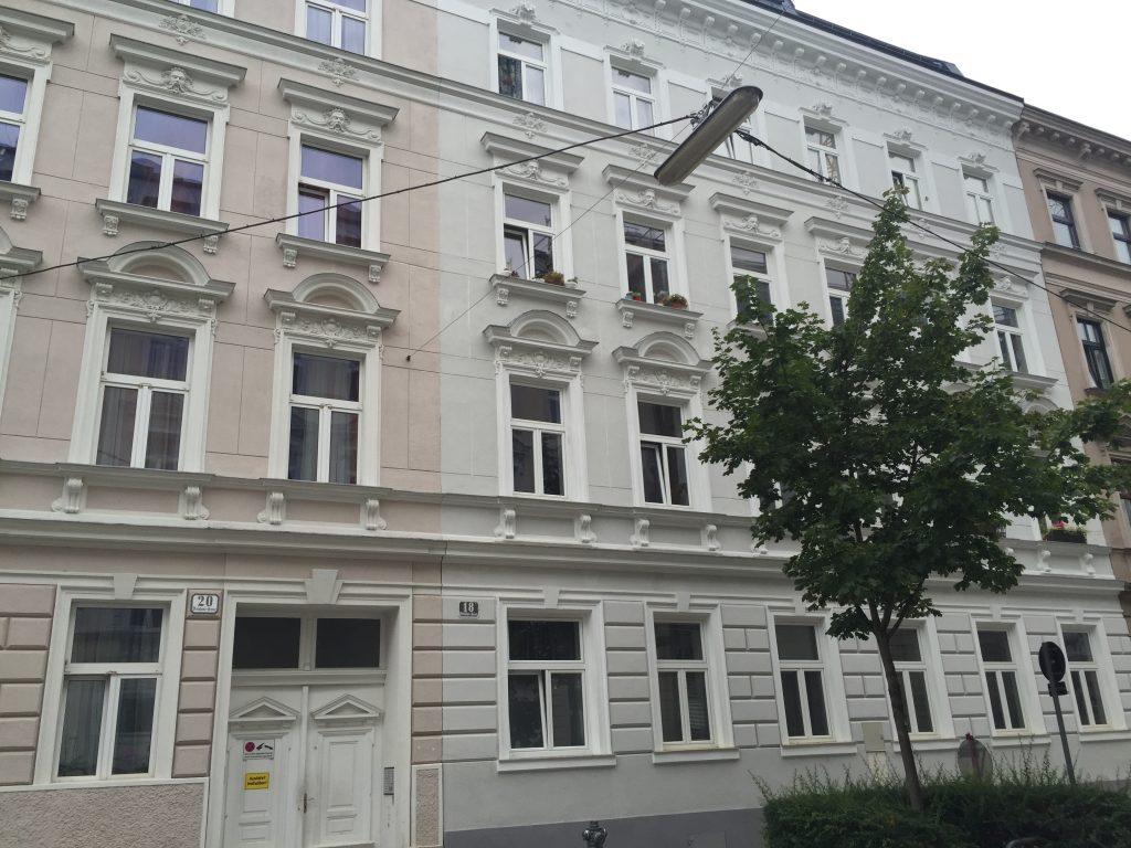 Hausfront 5, Bräuhausgasse 18